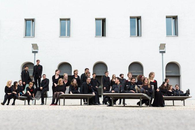 Webern Kammerchor (Foto Theresa Pewal) (2)_okateneu.jpg
